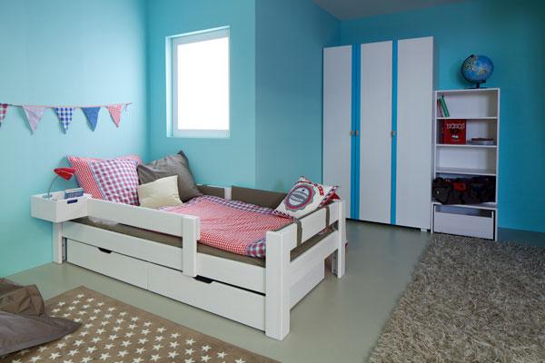 Kinderbett und Jugendliege